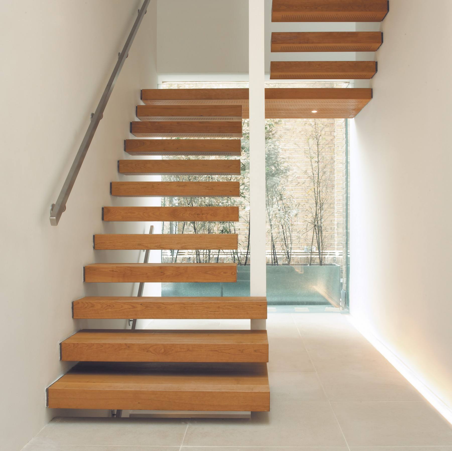 Floating stairs | Floor matched | Element 7