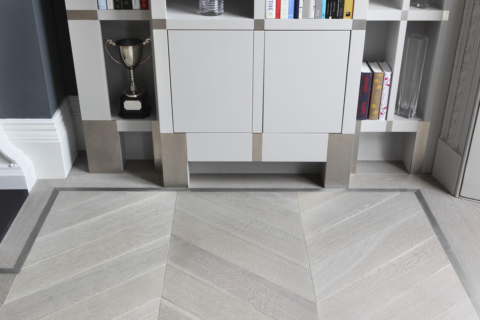 Pewter inlay | Ash grey floor | Element 7